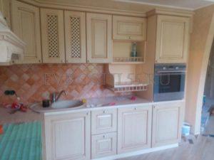 yLpktL4M4xM 300x225 - Кухни - Наши работы